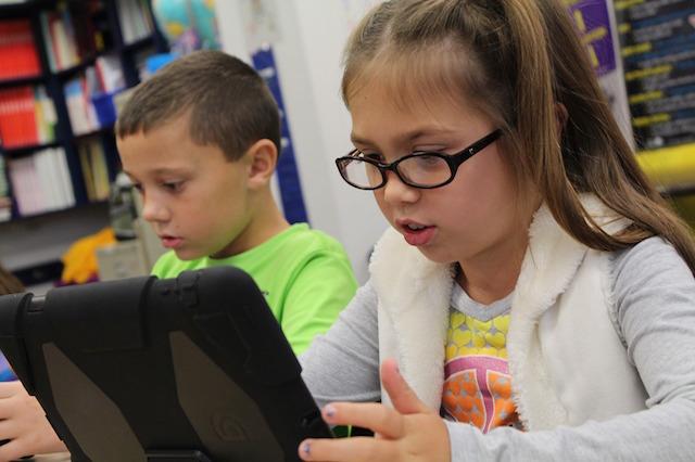 BMBF startet digitale Offensive in Schulen