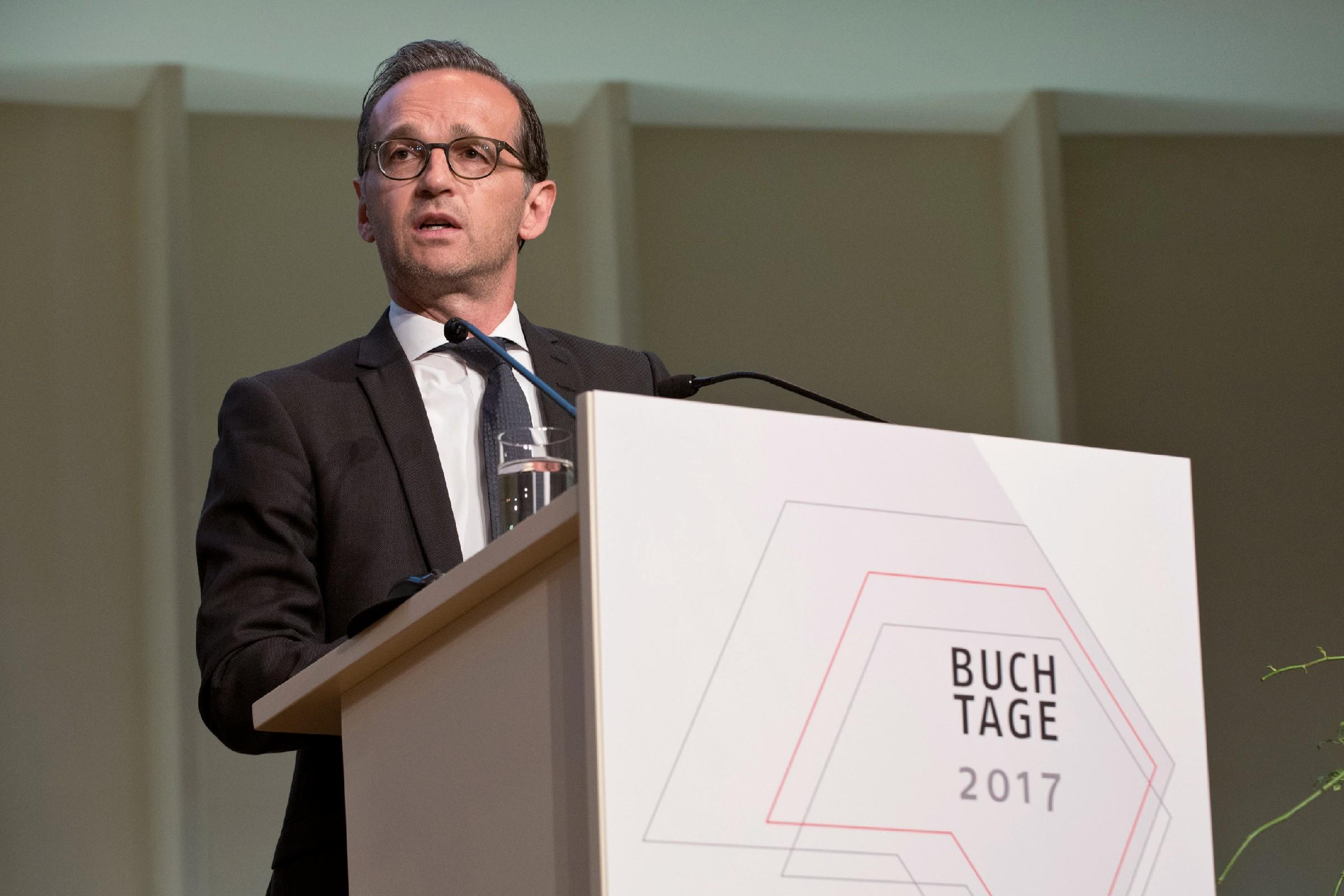 Konfrontation im kuppelsaal buchreport for Spiegel jahresbestseller 2017