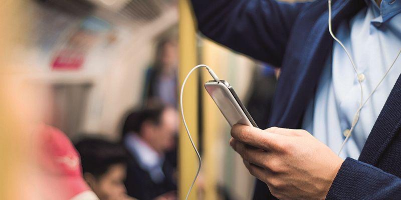 Podcasts: Zögerliche Versuche in spannendem Medium