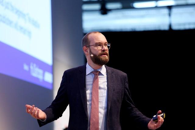 Berater und Verleger Dr. Sven Fund. Foto: Canon