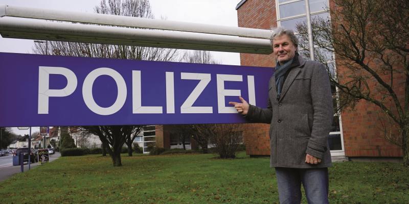 Norbert Horst: Ein Kripo-Mann fängt Krimifans ein