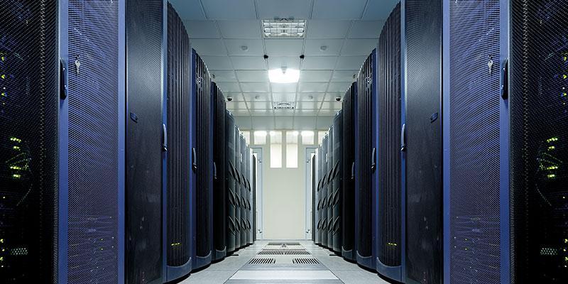 Mit Fachwissen und IT-Power in die juristische Zukunft