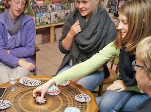 Spiele(n) im Buchhandel: Zocken für Spaß und Verkauf
