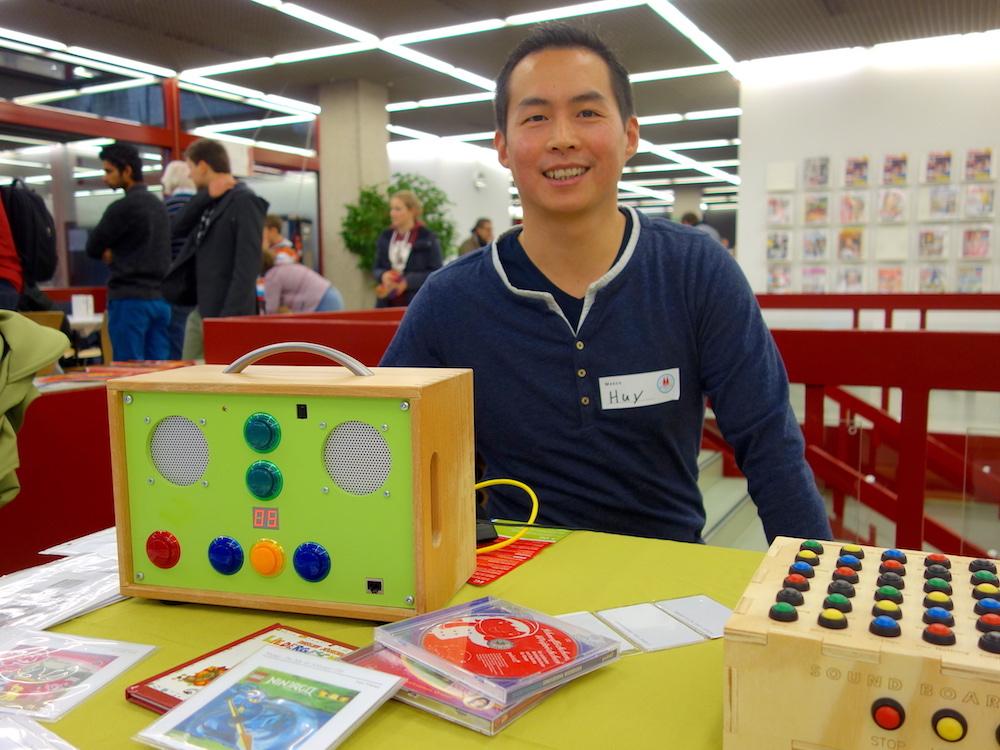 Führte einen MP3-Player für Kinder vor: der Maker Huy Do.