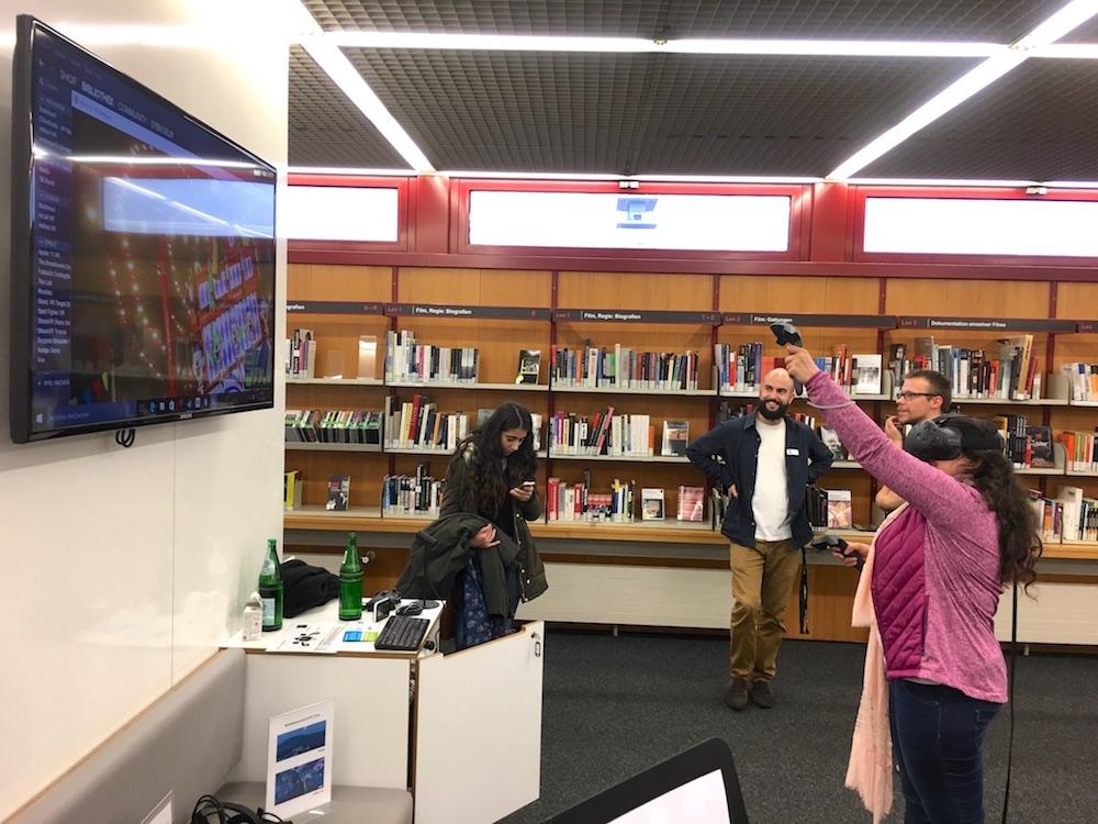 Die Kölner Stadtbibliothek bietet wöchentlich Ausflüge in virtuelle Realitäten an.
