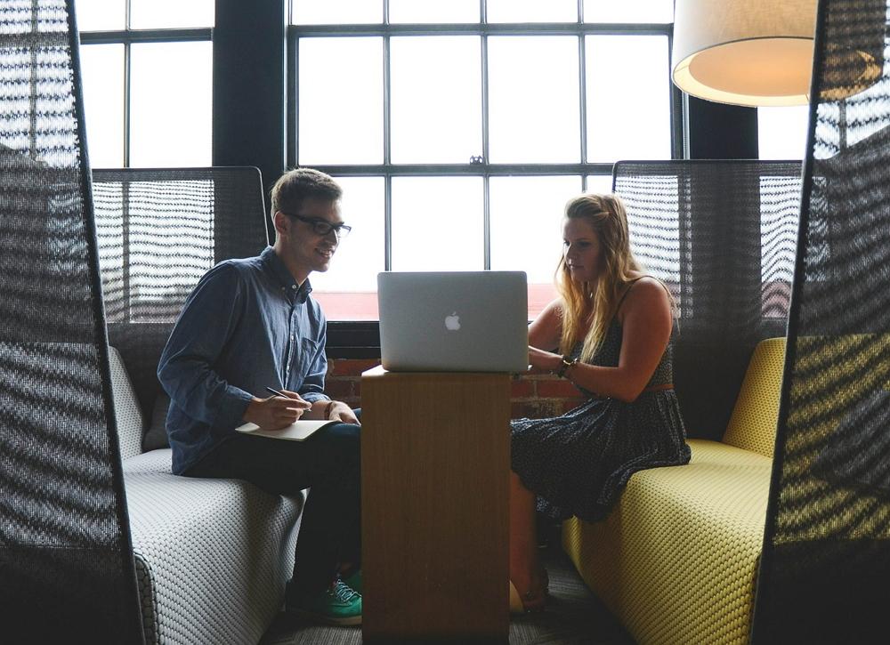 Es lohnt zu reden für Medienunternehmen und Start-ups. Foto: Pixabay. Lizenz: CC0