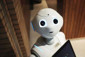 Hinter Publishing Automation stecken keine Roboter wie dieser. Bild: Unsplash