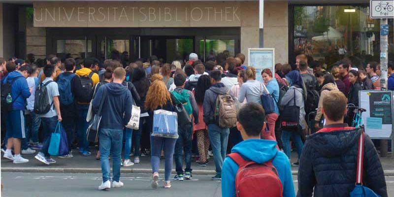 Bibliotheken beklagen Platzmangel und Sanierungsstau