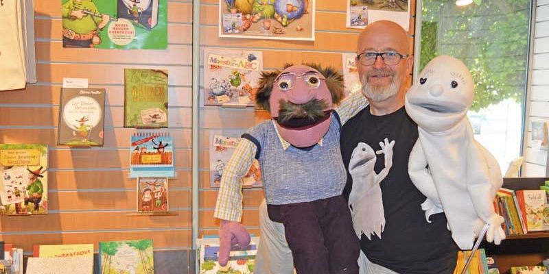 Youtube-Storys mit Handpuppe »Booky«