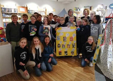 Kinder erstellen ihre Buch-Hitliste