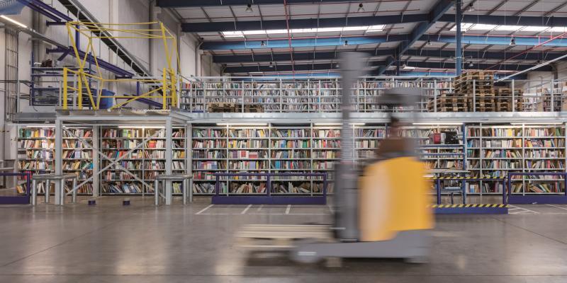 Teure Buchlogistik: »Bücherwagen hoch defizitär«
