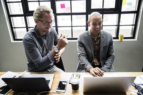 Gemeinsam arbeiten und lernen mit Social Intranets