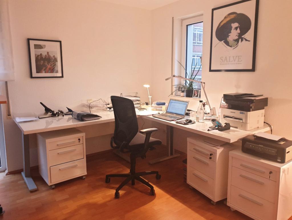 Der Schreibtisch von Gisa Pauly (Foto: privat)